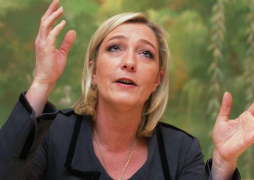 Marine le pen poker